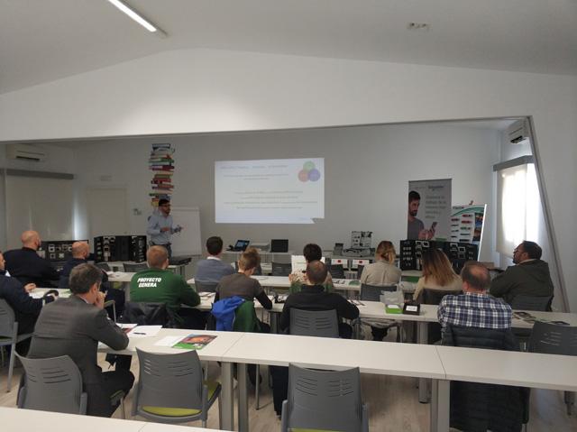 presentacion-new-unica-aemsa-escuela-2