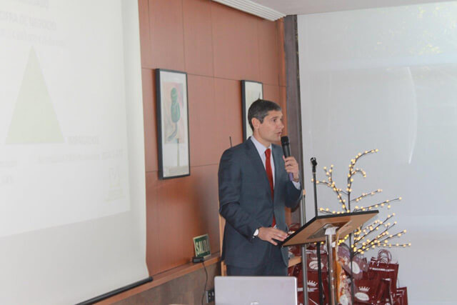 El director general de Almacenes Eléctricos Madrileños, Ramón Utgés Blesa