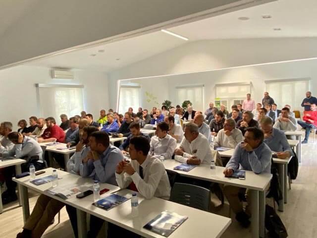 La formación en autoconsumo fotovoltaico despertó gran interés entre los asistentes