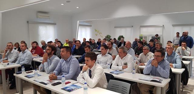 Más de 60 clientes acudieron al evento de formación en autoconsumo fotovoltaico de Almacenes Eléctricos Madrileños